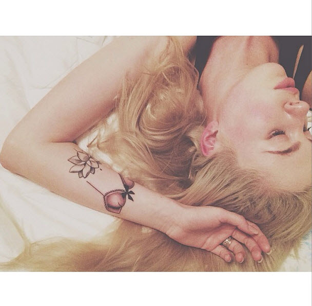 Ireland Baldwin, 18, Posts Butt Selfie — Shows Off Bra Tattoo (PHOTO)