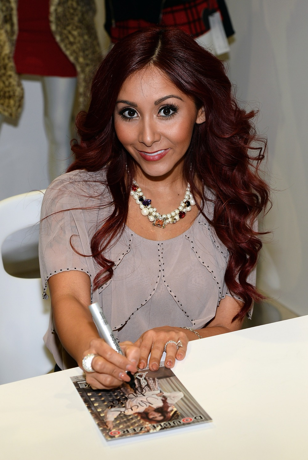 Snooki Goes Makeup-Free With Baby Lorenzo Amid Pregnancy Rumors (PHOTO)