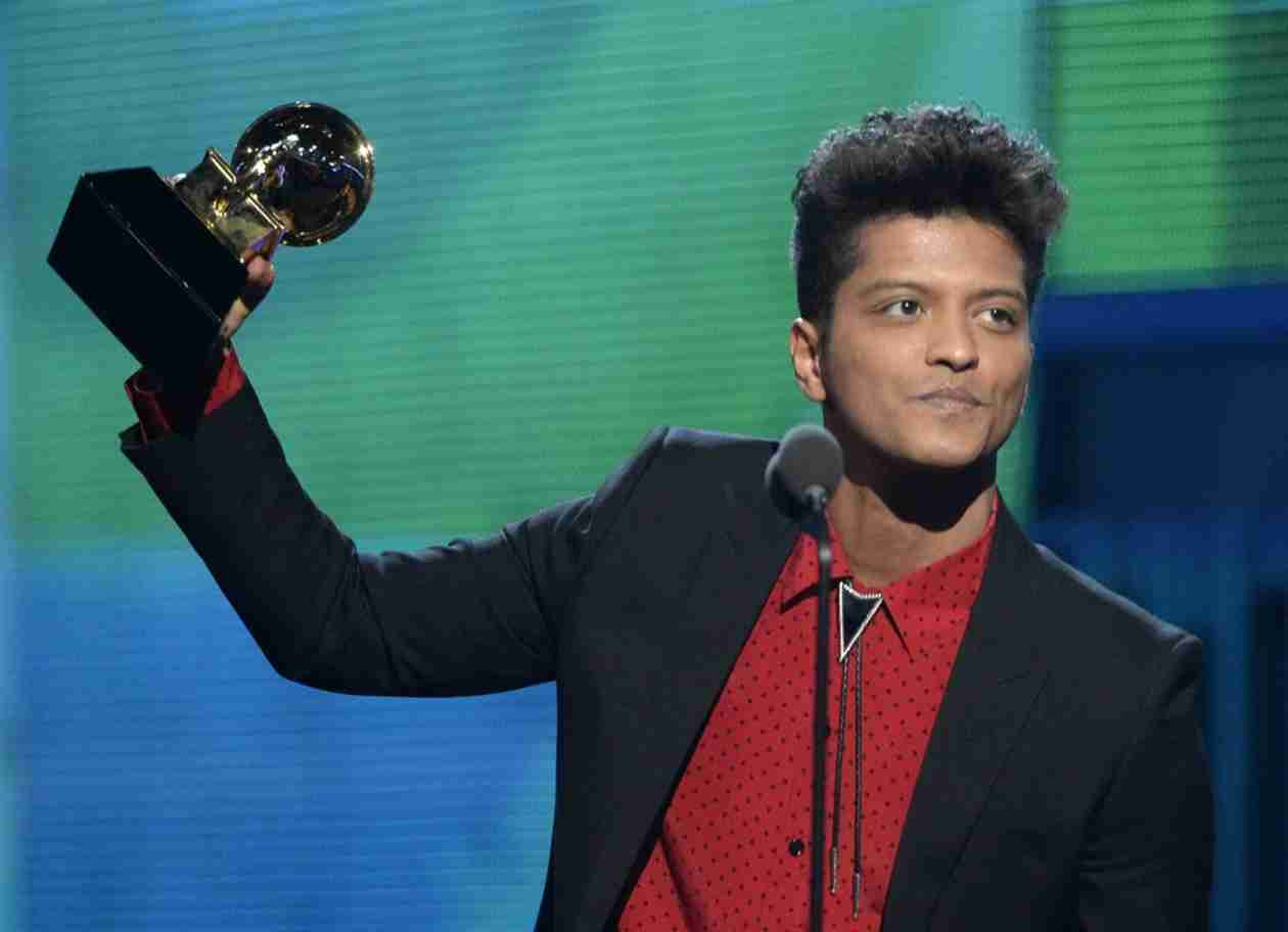 How Tall Is Bruno Mars?