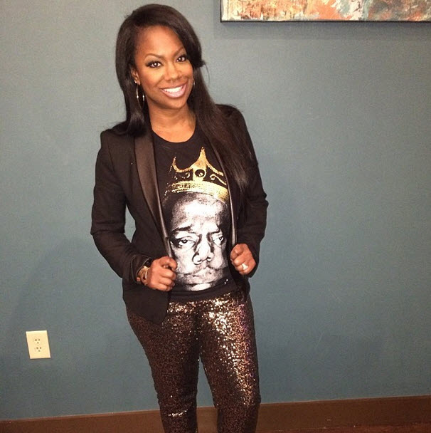 Kandi Burruss Gets an Adorable Valentine's Day Gift — Who Is It From? (PHOTO)