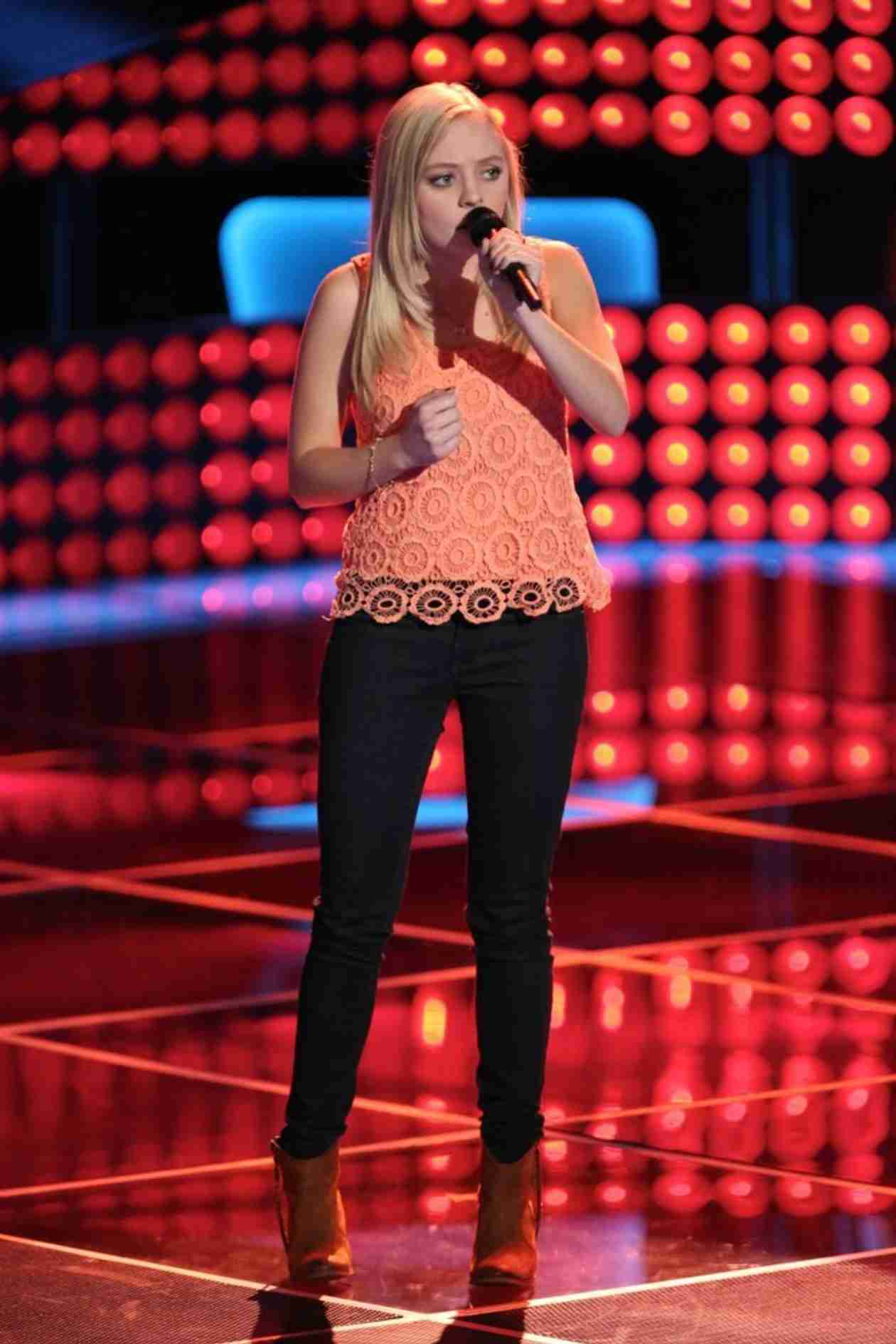Watch Madilyn Paige Sing on The Voice 2014 Season 6 Blind Auditions February 25, 2014 (VIDEO)