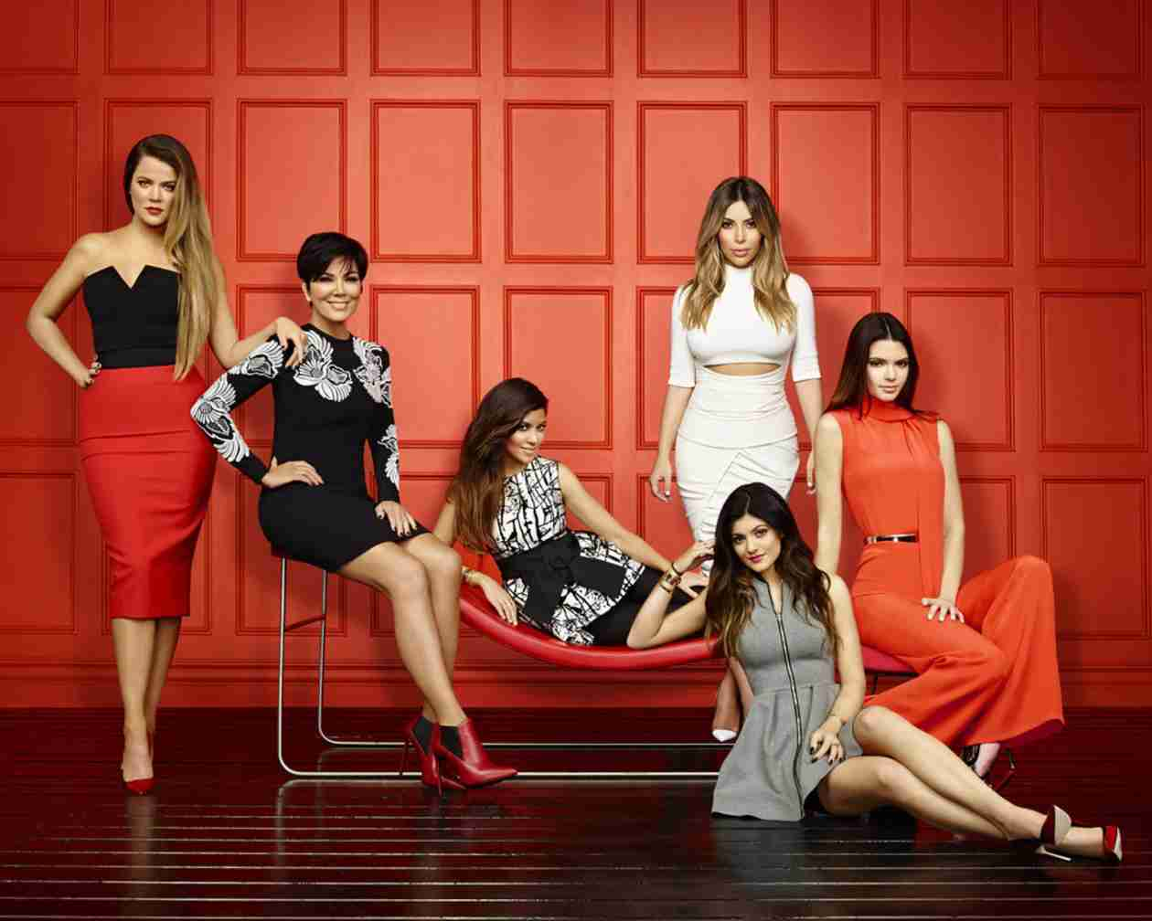 Kardashians Reportedly Sign New 3-Season Deal For More Than $40 Million