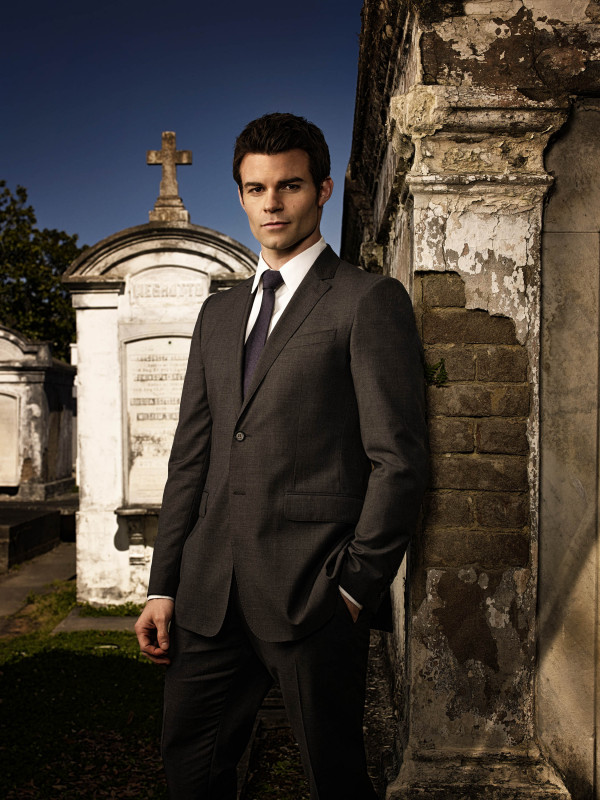 "Originals Star Daniel Gillies on Fatherhood: ""I'd Give Up Acting in a Heartbeat"" (VIDEO)"