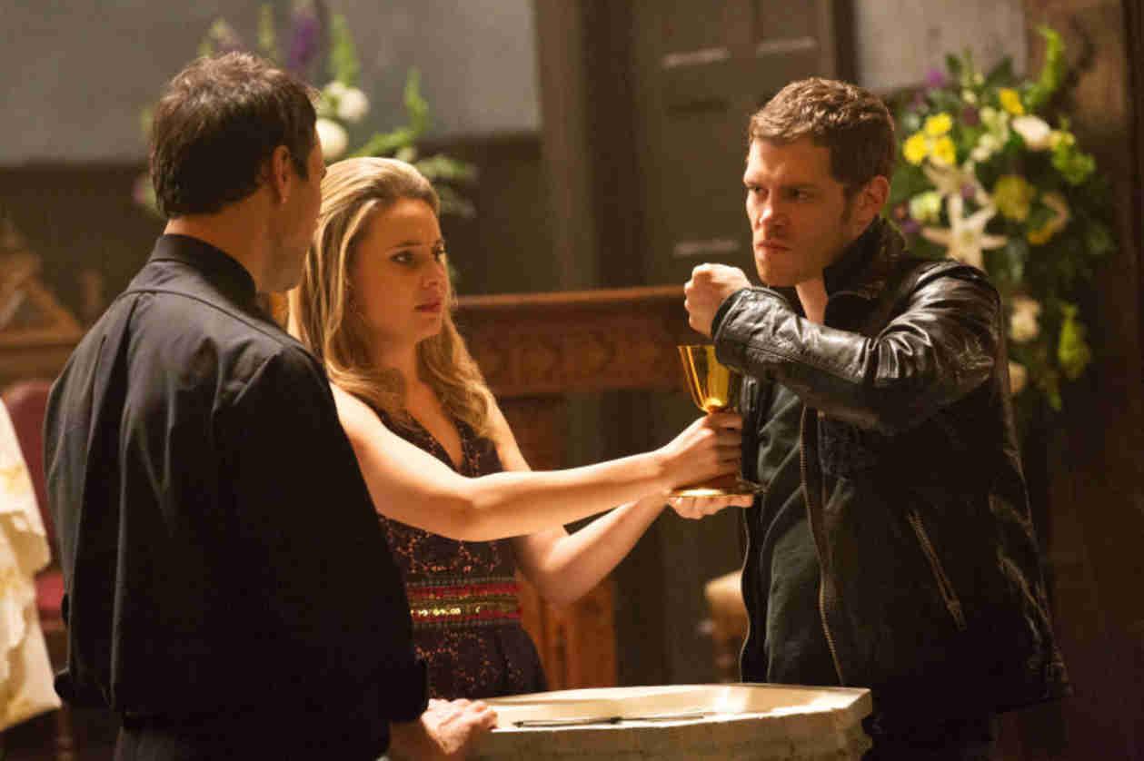 The Originals Season 1, Episode 13 Sneak Peek: Klaus Consoles Cami (VIDEO)