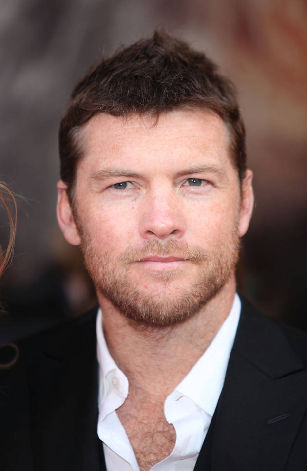 Avatar Star Sam Worthington's Paparazzo Scuffle Caught on Camera (VIDEOS)