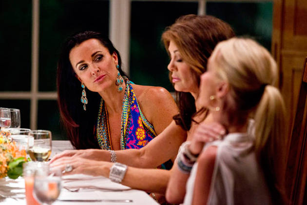Real Housewives of Beverly Hills OMG Moments From Season 4, Episode 17 — Kyle Questions Lisa!