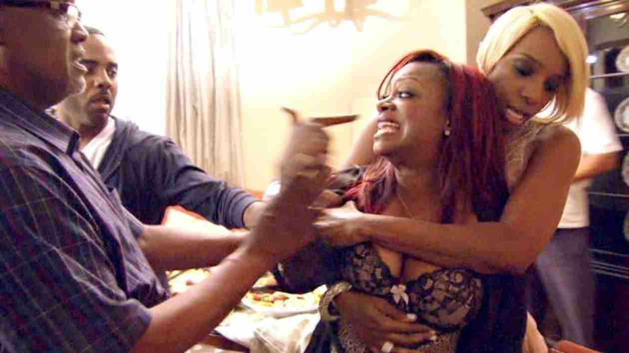 Are the RHoA Fights Real? One of the Show's Stars Spills Behind the Scenes Dirt! (VIDEO)