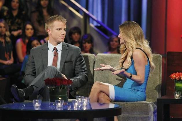 Did AshLee Frazier Just Dis Sean Lowe on Twitter? It Looks Like It…