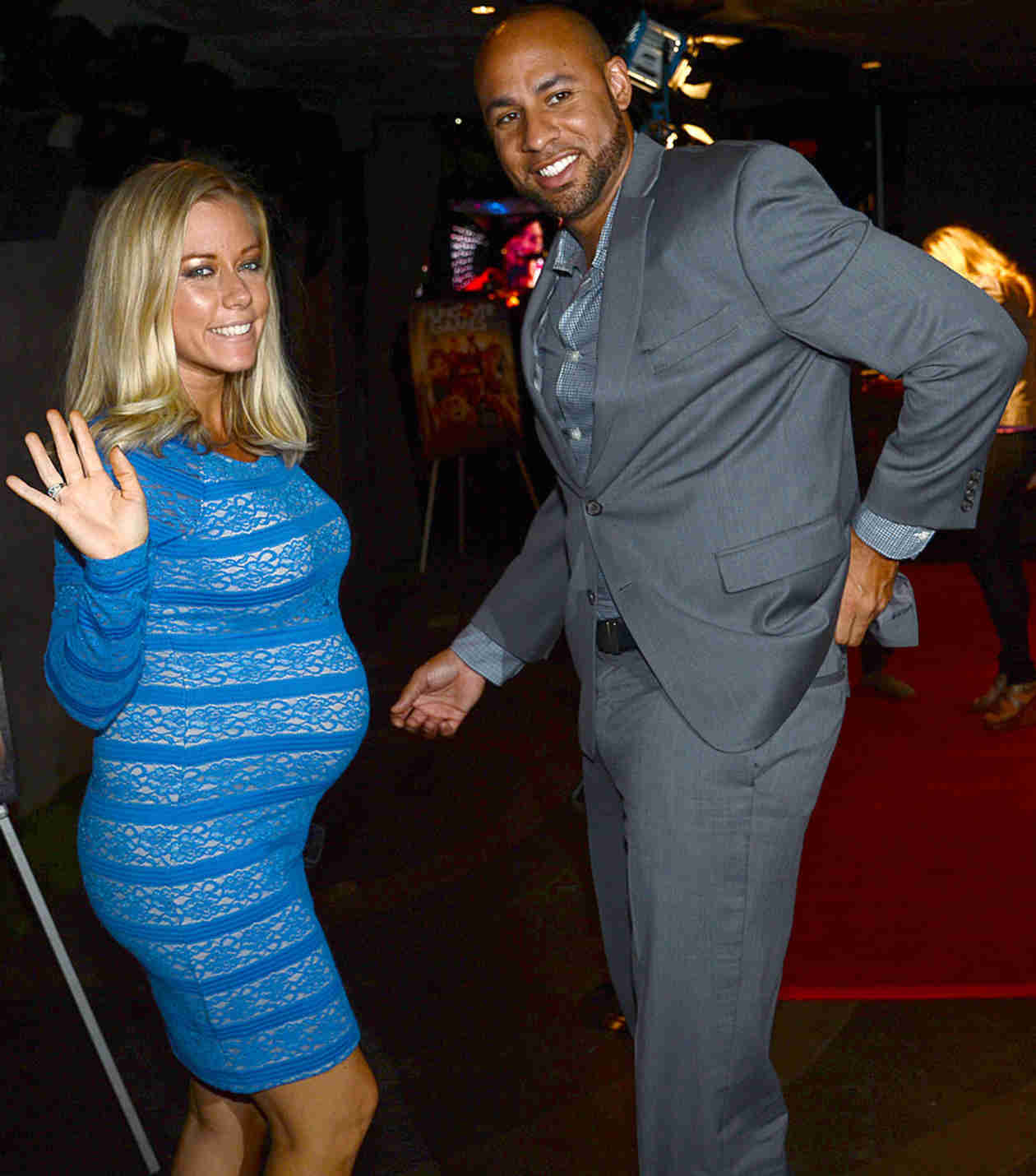 Pregnant Kendra Wilkinson's Bump Pops Out of Super-Tight Dress (PHOTO)