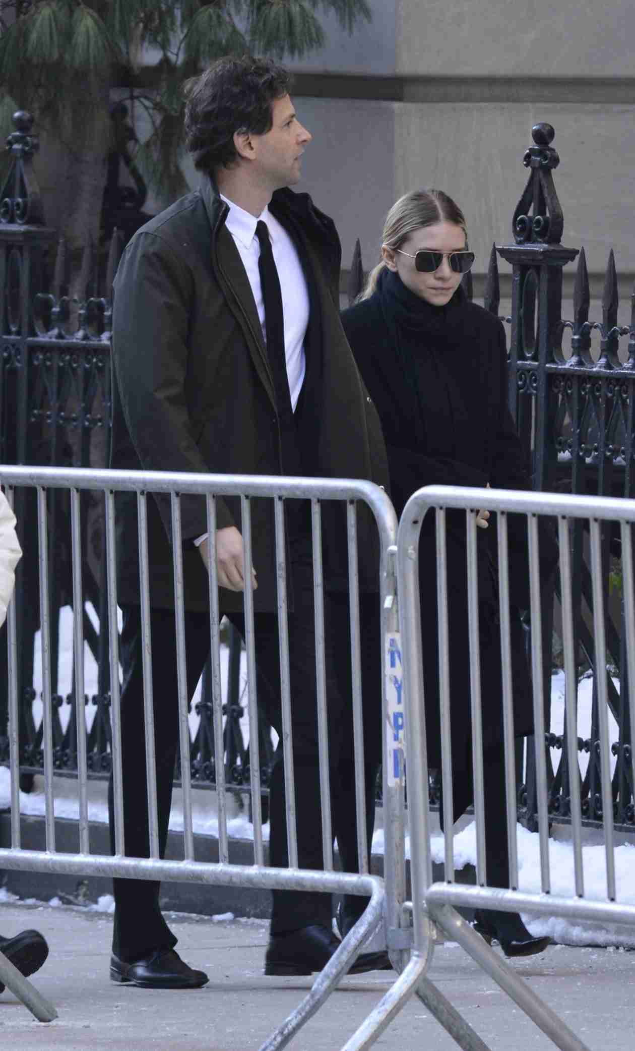 Ashley Olsen Dating Bennett Miller, 47-Year-Old Director of Moneyball — Report