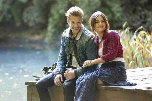 "Pretty Little Liars' Nick Roux Reacts to Ezria Tweets: ""Some People Think It's a Reality TV Show"""