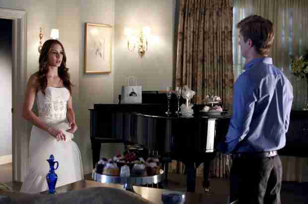 Pretty Little Liars Season 4, Episode 23 Burning Questions: Does Spencer Have a Twin?