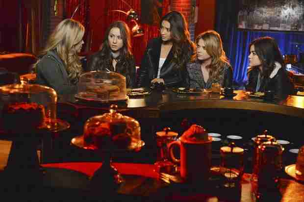 "Pretty Little Liars Season 5 Spoilers: Alison's Dynamic With the Liars ""Will Change"""