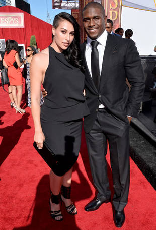 Kim Kardashian Has Uncomfortable Run-In With Reggie Bush and Fiancée