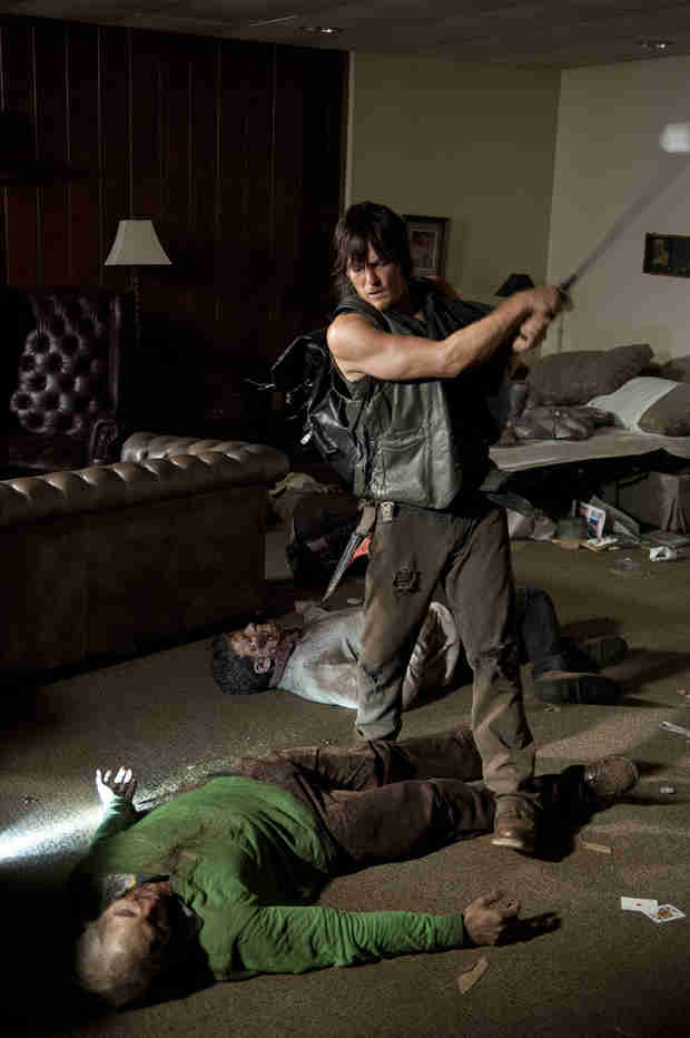 The Walking Dead Season 4: Inside Daryl Dixon's Golf Club Rampage (VIDEO)