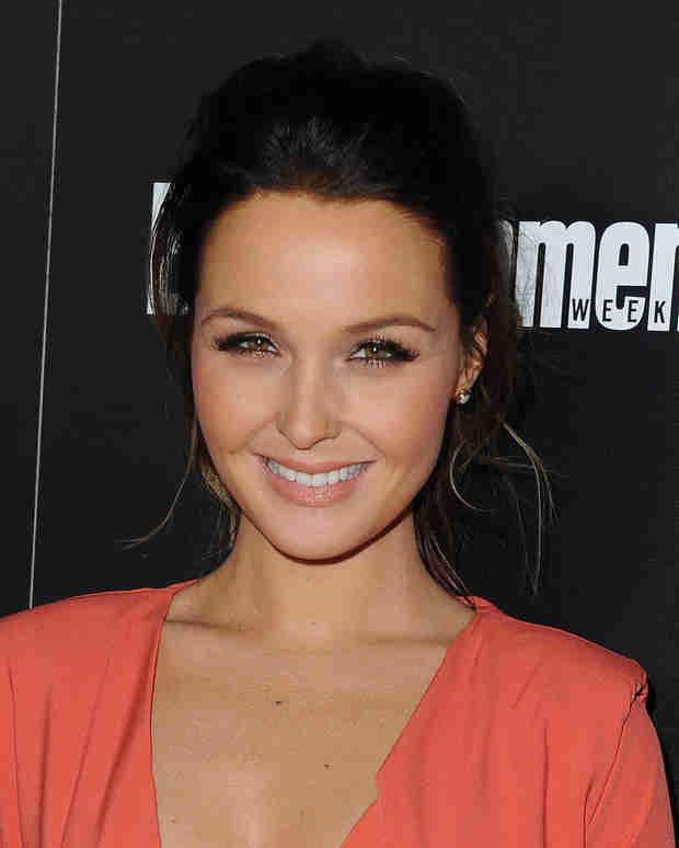 Camilla Luddington Reacts to Scary LA Earthquake!