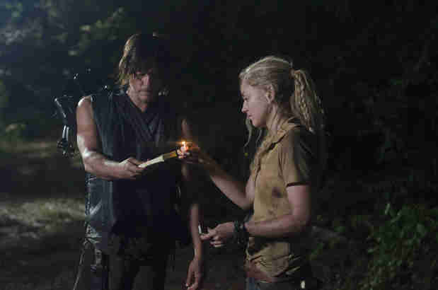 The Walking Dead Season 4: Why Did Daryl and Beth Burn Down the Moonshine House? (VIDEO)