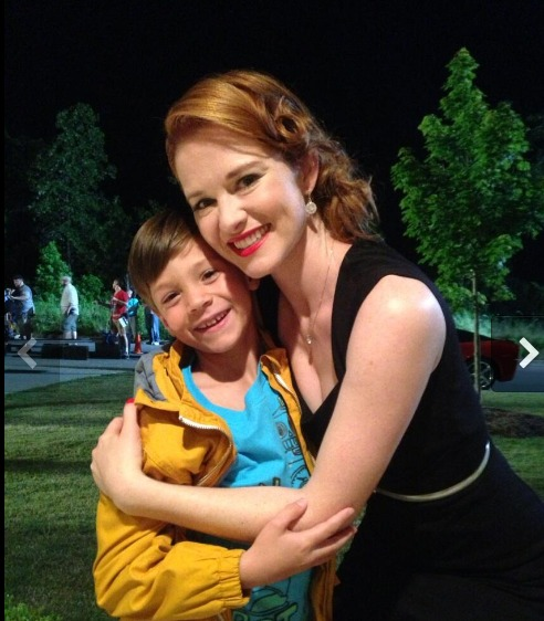 Behind the Scenes Look at Sarah Drew's Movie, Mom's Night Out (VIDEO)