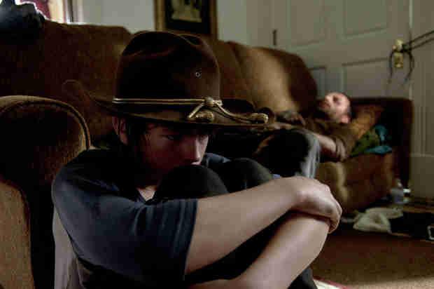 Sneak Peek of The Walking Dead Season 4 Finale: Carl Questions His Identity (VIDEO)