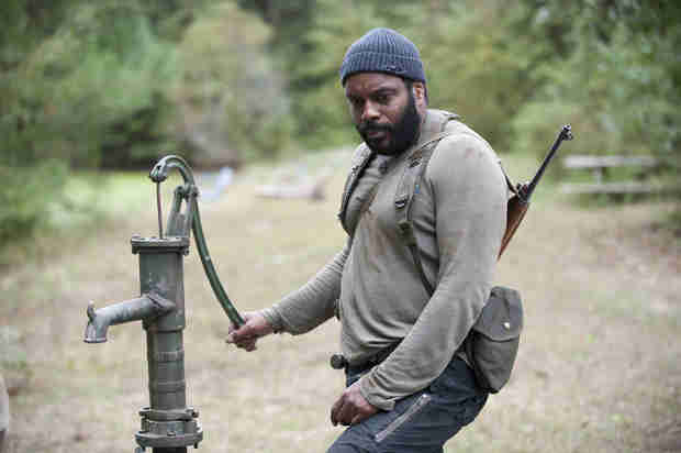 "The Walking Dead Season 4, Episode 14: Tyreese Doesn't Look Too Well in ""The Grove"" (PHOTO)"