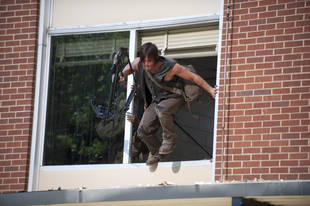 "The Walking Dead Season 4: Star Jokes Daryl ""Definitely"" Dies This Sunday"