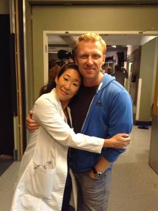 "Grey's Anatomy: Sandra Oh and Kevin McKidd Reveal ""Salad"" Secret to Faking Surgeries"