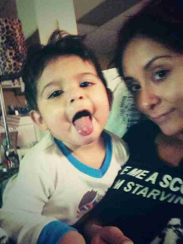 Snooki's Son Lorenzo Is a Miley Cyrus Fan! See Him Imitate the Bangerz Singer (PHOTO)