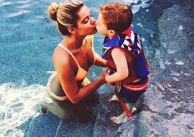 "Brielle Biermann and ""Best Friend"" KJ Share a Sweet Kiss in the Pool — Aww! (PHOTO)"