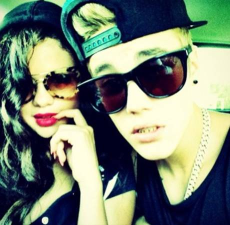 Selena Gomez and Justin Bieber Reunite in Texas (UPDATE: Seen Kissing in Restaurant) (VIDEO)