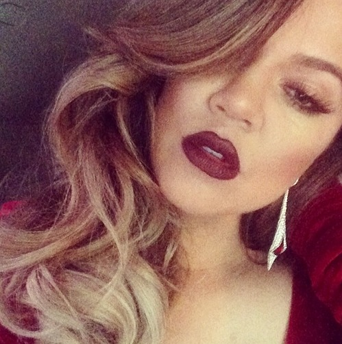 Khloe Kardashian Gets All Dressed Up for Oscars 2014 Party — See Her Glam Look! (PHOTO)
