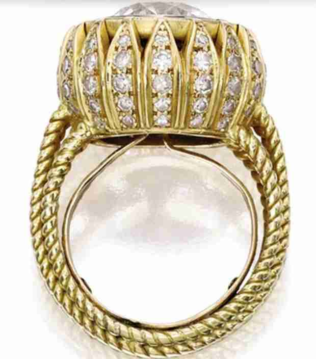 Mary-Kate Olsen's Vintage Cartier Ring — How Much Did It Cost? (PHOTO)