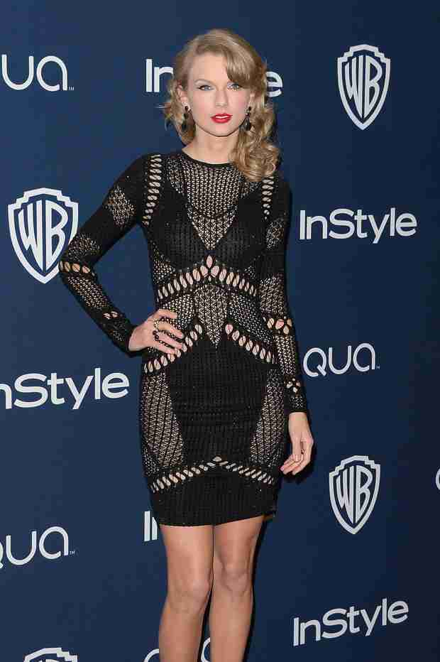 Taylor Swift's Stalker Ordered to Stay Away From Her for Three Years (VIDEO)