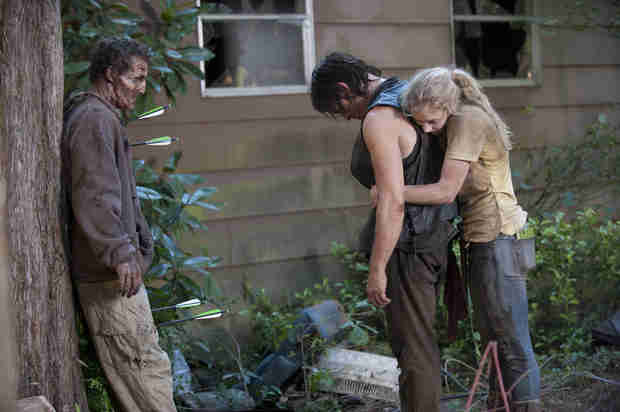 The Walking Dead Season 4: Norman Reedus Explains Beth and Daryl's Backwards Hug