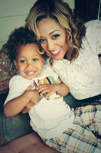 Watch Tia Mowry and Son Cree Get Crazy With Bubble Wrap!