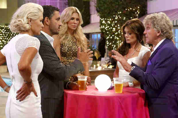 Real Housewives of Beverly Hills Season 4 Finale Recap — Brandi Confronts Lisa!