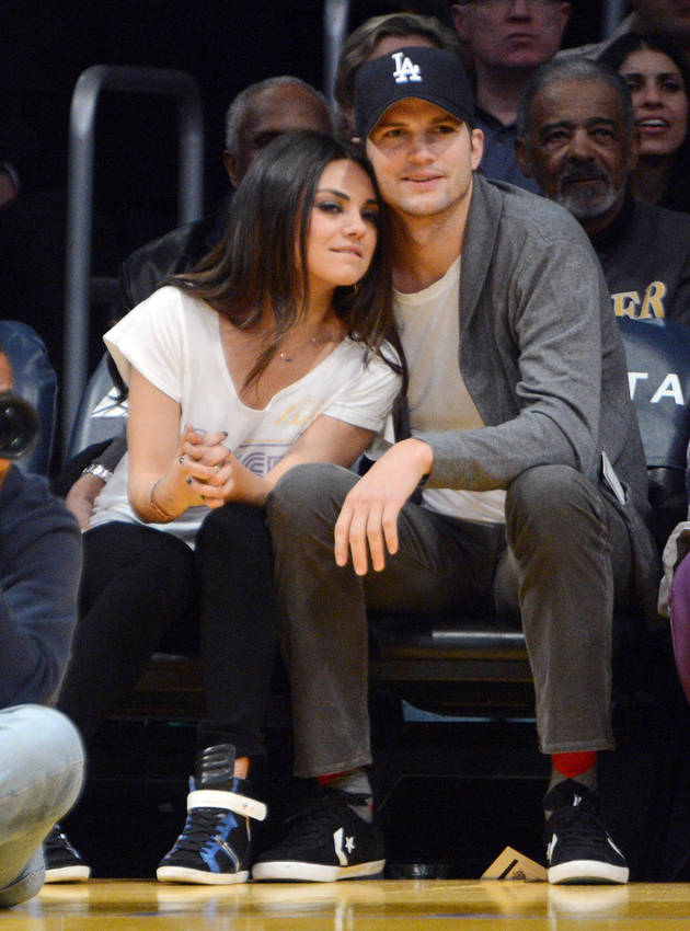 Mila Kunis and Ashton Kutcher Caught on Kiss Cam Right Before Pregnancy Reveal! (VIDEO)