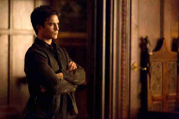Vampire Diaries Sneak Peek: Season 5, Episode 16 — Jeremy Teases Damon (VIDEO)