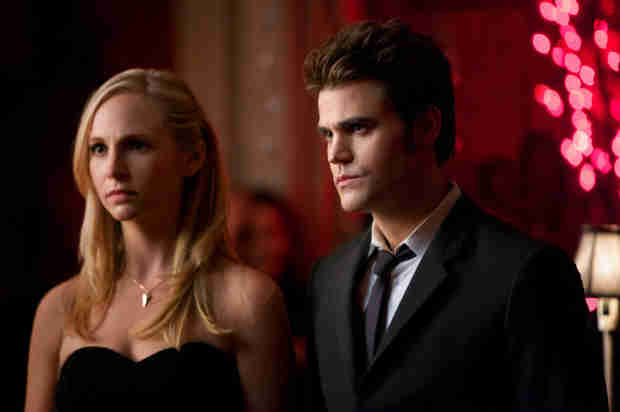 "The Vampire Diaries Spoilers: Caroline and Stefan ""Cuddle"" For Warmth in Upcoming Episode"