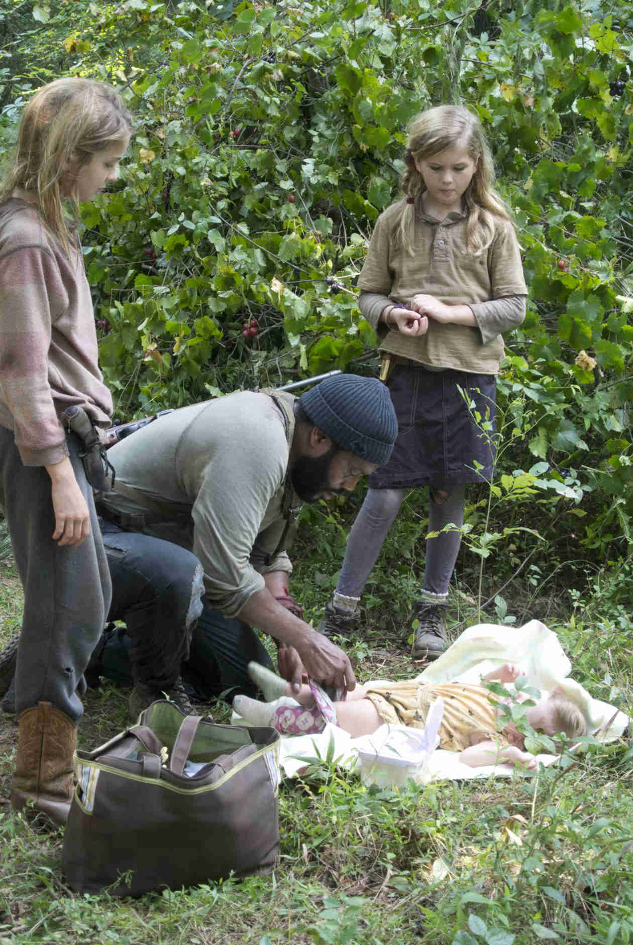 The Walking Dead Season 4: Cast Praises Melissa McBride's Performance and More in Episode 14