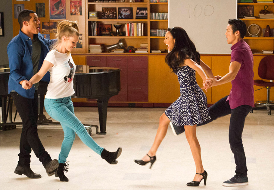 "Watch All the Performances: Glee's 100th Episode Heads Back to Lima in ""100"" (VIDEOS)"
