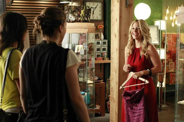 Pretty Little Liars Burning Question: Who Killed Mrs. DiLaurentis?