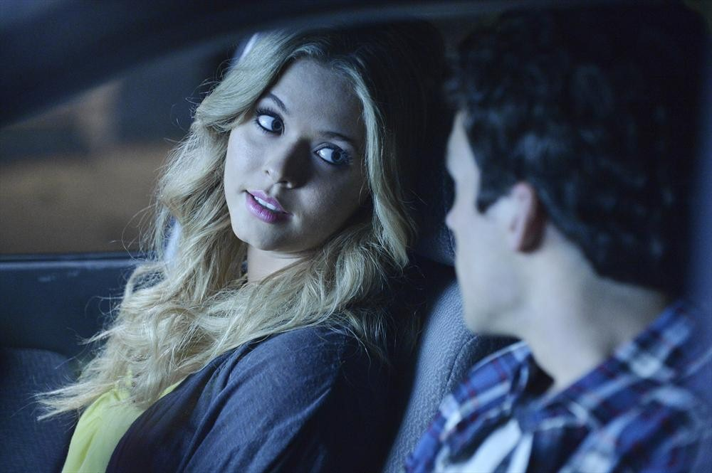 Pretty Little Liars Burning Question: What Is Ali Hiding?