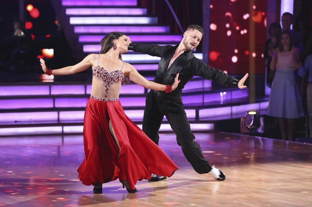 Dancing With the Stars 2014: Danica McKellar and Val Chmerkovskiy's Week 2 Samba (VIDEO)