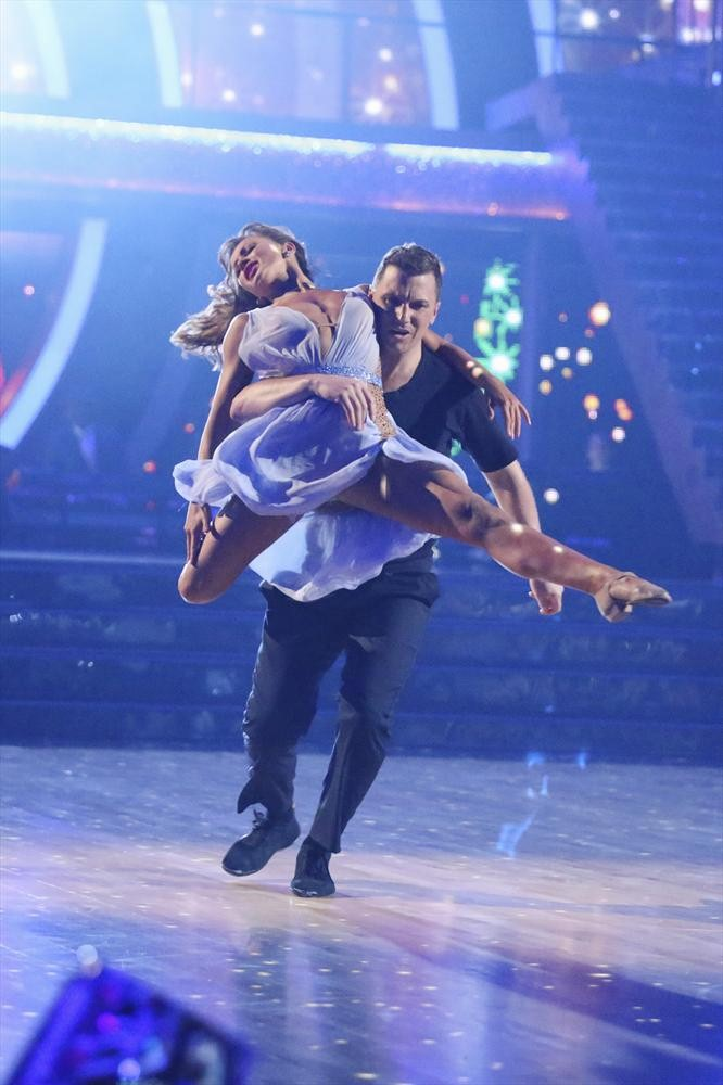 Dancing With the Stars 2014: Sean Avery and Karina Smirnoff's Week 2 Salsa (VIDEO)
