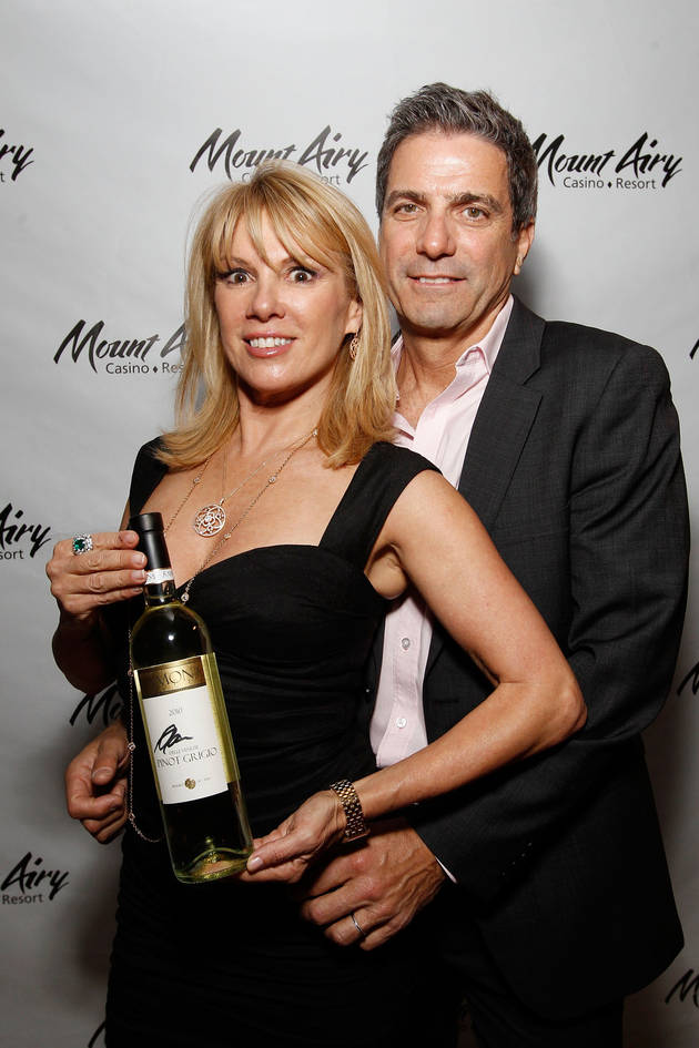 Should Ramona Singer Work Things Out With Estranged Husband Mario?