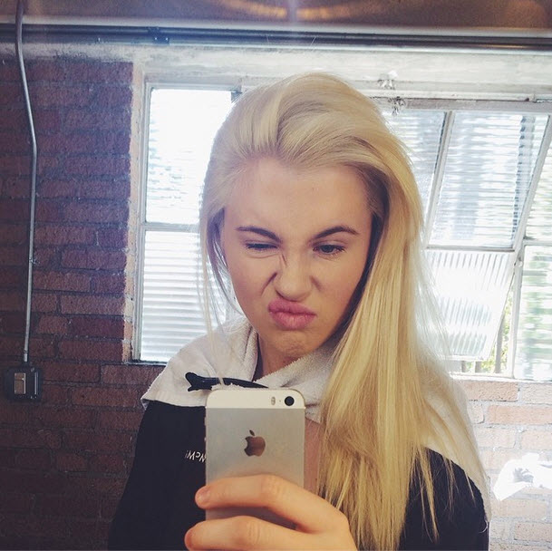 Ireland Baldwin Dyes Her Hair Purple — Hot or Not? (PHOTO)