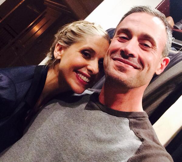 Sarah Michelle Gellar and Freddie Prinze Jr. Take Adorable First Selfie (VIDEO)