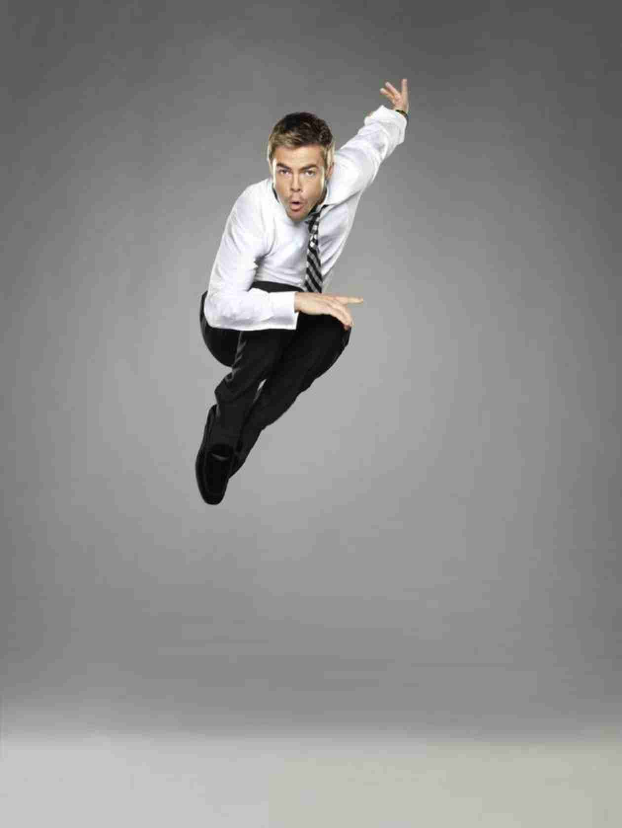 Derek Hough Is Back, Dancing With Double-Amputee Amy Purdy — Are You Excited?