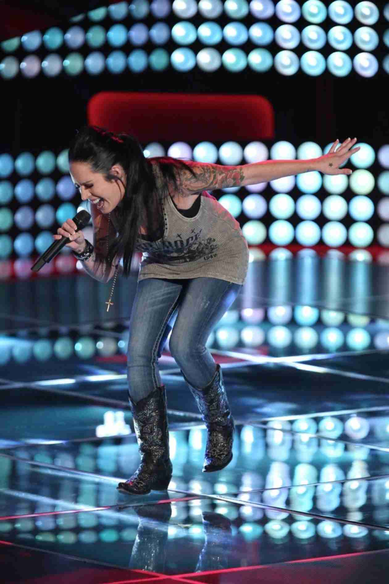 Kat Perkins Sings on The Voice 2014 Season 6 Blind Auditions (VIDEO)