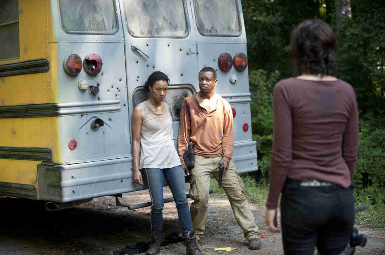 "The Walking Dead Season 4: Bob Stookey and Sasha's Relationship Has ""Potential"""